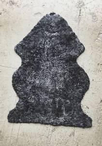 Bilde av Mørkegrå - Curly Rug
